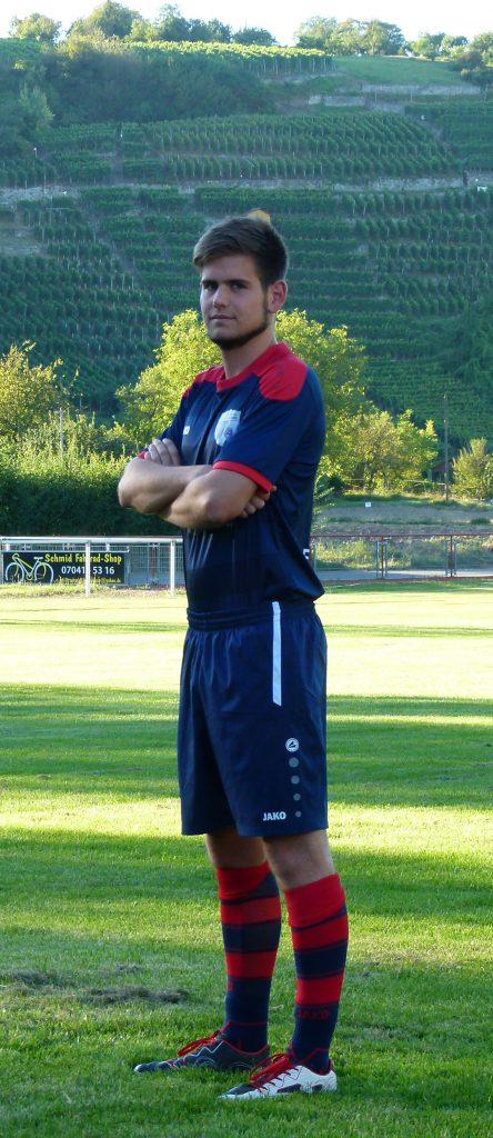 Abwehrspieler Marius Straub